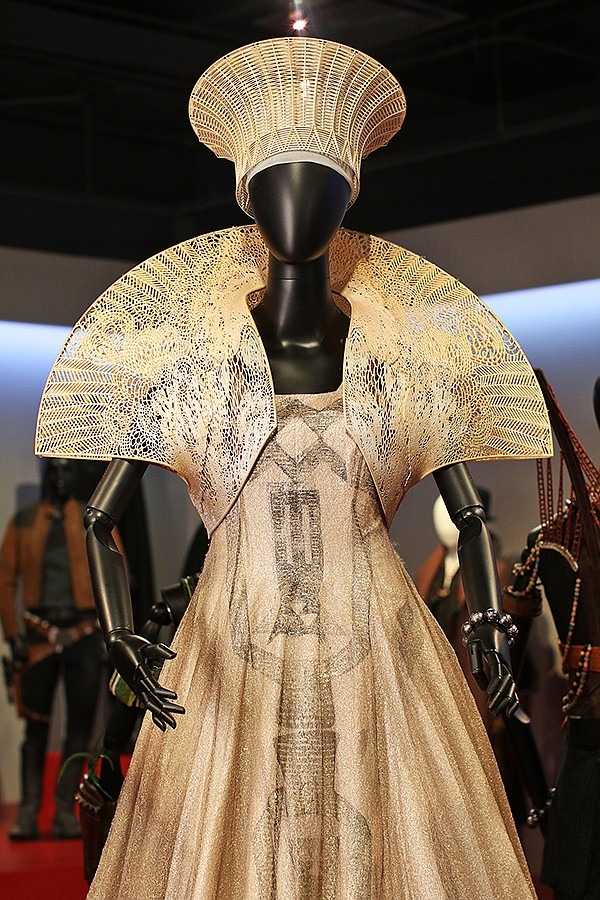 Fidm Unveils Some 100 Movie Costumes At Its Annual Costume Design Exhibition California Apparel News