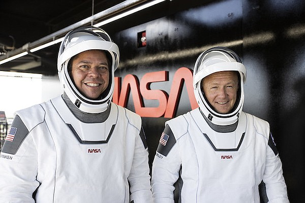 Bob Behnken, left, and Doug Hurley. Image via SpaceX.com