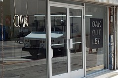 Oak Opens Outlet Store in DTLA