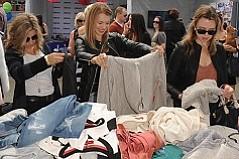 Go Shopping With Rachel Zoe