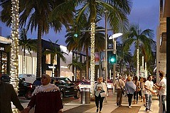 Beverly Hills Tells Shops to Stay Open Late