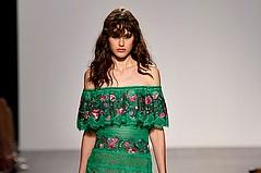 LA Designer Tadashi Shoji Unveils Spring/Summer '18 at NYFW