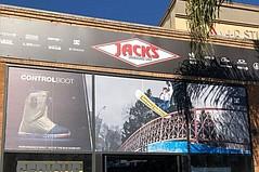Jack's Surfboards Unveils Snowboard Shop