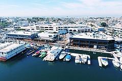 DJM调整Lido Marina Village的资本结构,更新中心的外观,商店