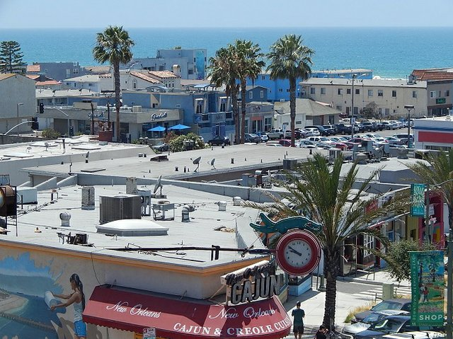 DESIGN WITH A VIEW: Anna Kenney's design studio in Hermosa Beach, Calif., has a rooftop view of the Southern California beach scene.