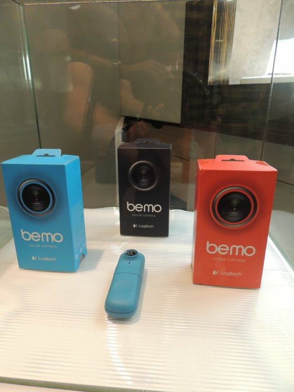 Display of Bemo cameras at event held with Ron Robinson boutique.