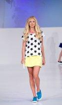 HOM T-shirt, Lily White skirt