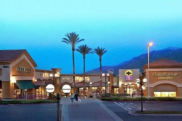 Forever 21 To Desert Hills Premium Outlets California Apparel News