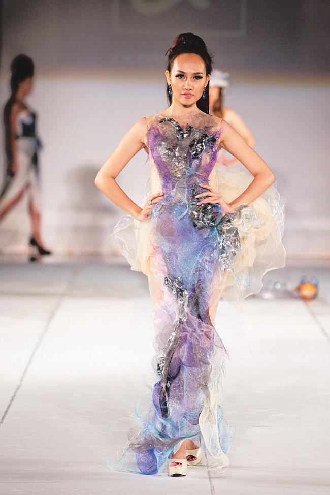 L A Fashion Week Fall 16 Quynh Paris California Apparel News