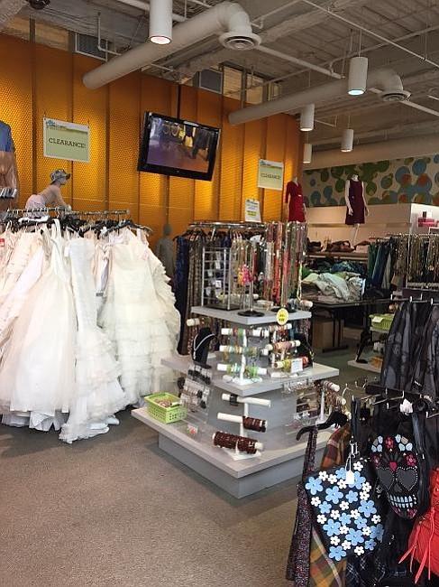 Half Price Sale At Fidm Scholarship Store California Apparel News