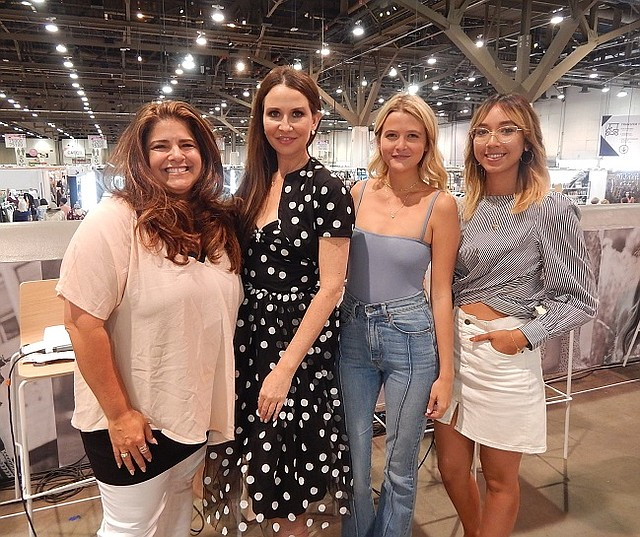 Wendy Bendoni, Janie Bryant, Molly Hogan and Stephanie Arant