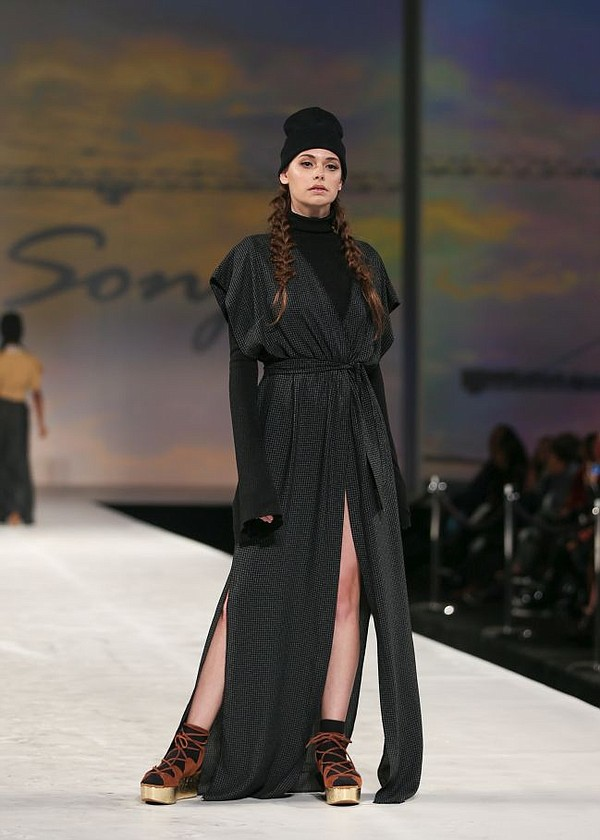 Sonija Williams runway show at Style Fashion Week. All photos by Jon Malan Photography.