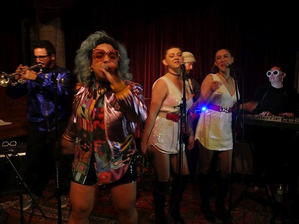Jen Awad's gig at No Name club.
