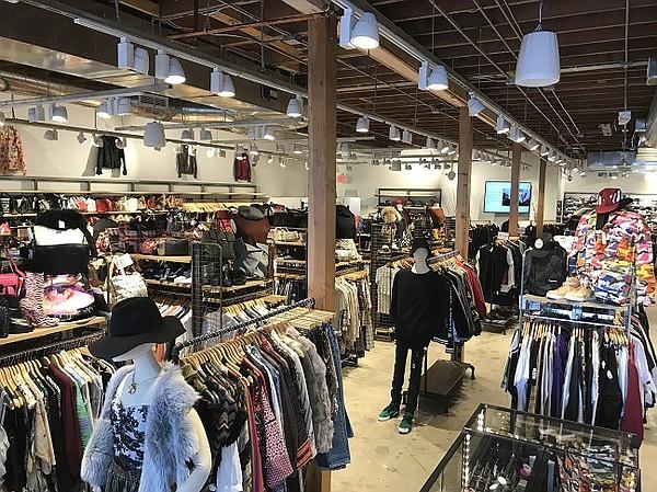 Runway Clothing Store Los Angeles