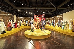 FIDM Museum & Galleries Gala Honors 'Art of Motion Picture Costume Design'