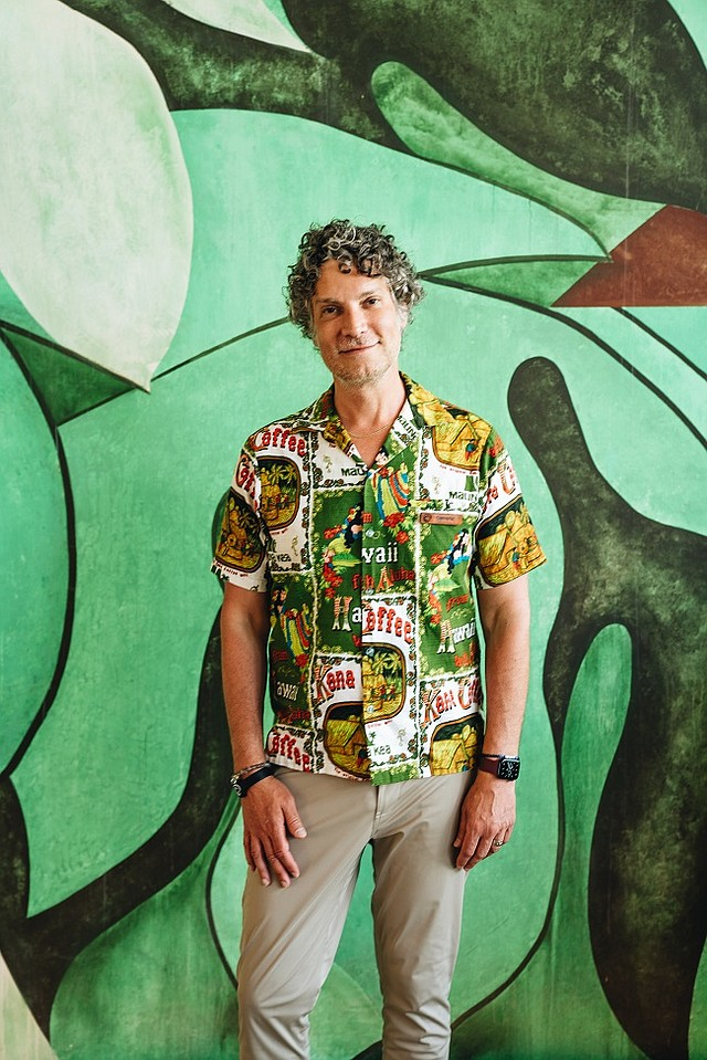 The King of Vintage, Cameron Silver, has opened a pop-up shop hosted at Fred Segal Malibu Village, where he is showcasing an array of luxury items, in addition to designers who commit to creating sustainable and upcycled pieces.
